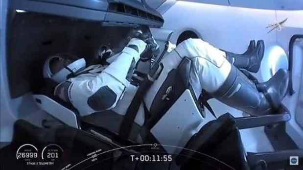 Amarrage réussi de Crew Dragon de SpaceX à l'ISS
