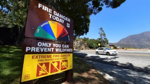 Tientallen mensen geëvacueerd tijdens branden bosgebied VS