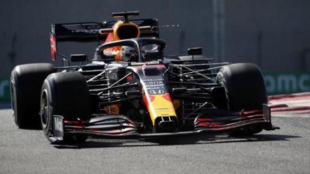 Max Verstappen is snelste in eerste oefenritten