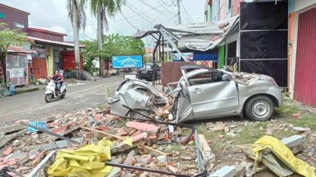 Indonesisch eiland Sulawesi getroffen door zware naschok