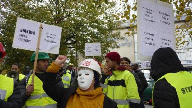 Mensen zonder papieren betogen om te mogen werken in knelpuntberoepen