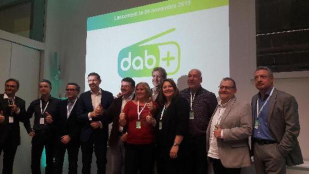 Une campagne pour progressivement évincer la diffusion radio FM au profit du DAB+