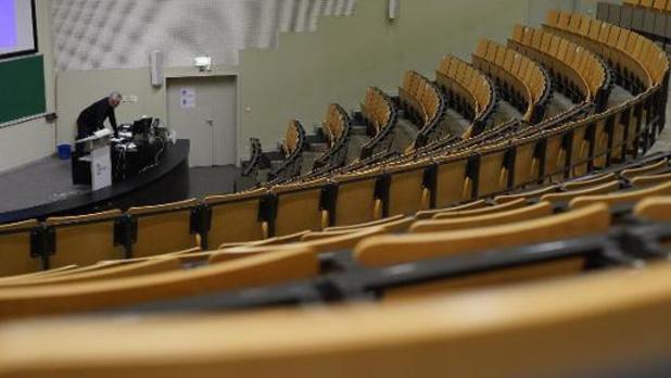 Vlaamse universiteiten en hogescholen blijven tot eind februari in code rood
