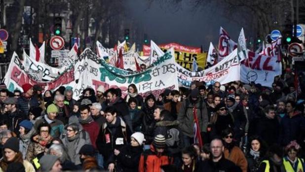 Réforme des retraites en France: entre 350.000 et 400.000 manifestants à Paris, selon la CGT