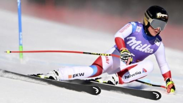 Lara Gut-Behrami wint super-G in Sankt Anton