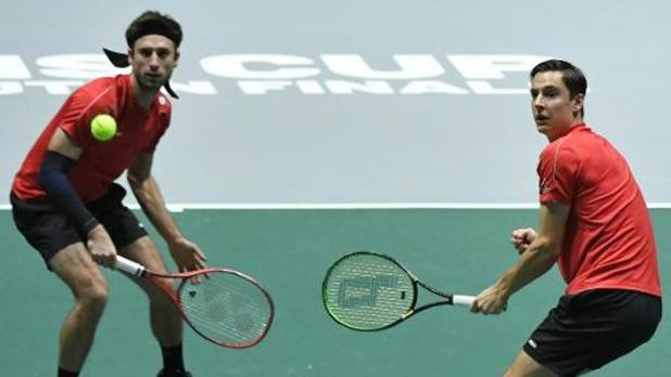 Davis Cup - Peers en Thompson geven op na één spelletje tegen Gillé en Vliegen