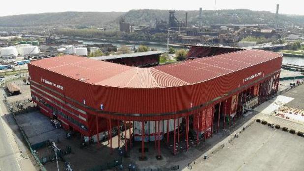 Des antennes de vaccination installées dans les stades du Standard et de Charleroi