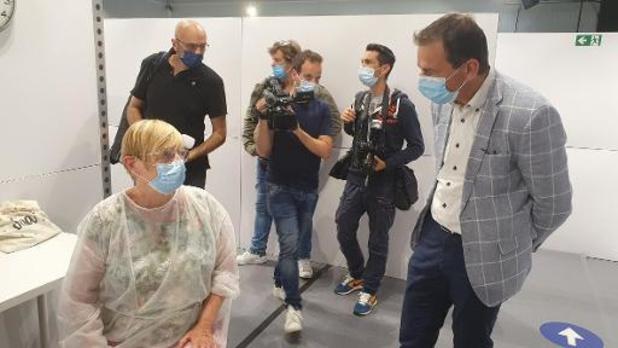 Twee derde Vlaamse zorgvoorzieningen rapporteert vaccinatiegraad van boven de 95 procent