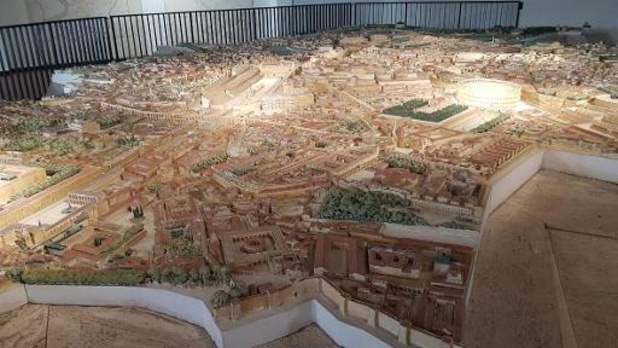 Brussels Museums encourage les musées à résister en ligne avec sa campagne #MuseumAtHome