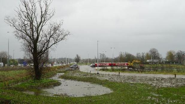 Minister Peeters opent nieuw op- en afrittencomplex E17 in De Pinte