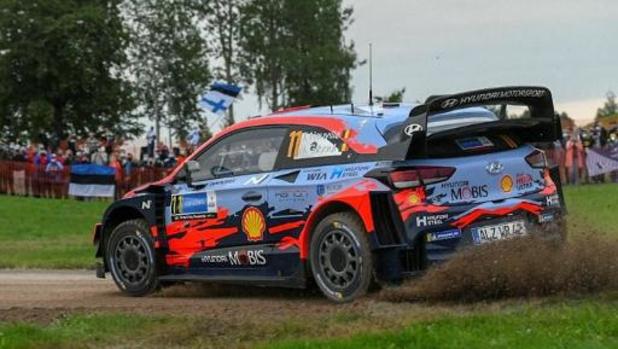 """Rally van Estland - Neuville: """"Dit is een gemiste kans"""""""