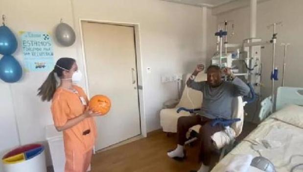 Pelé mag ziekenhuis uit en wordt thuis verder behandeld