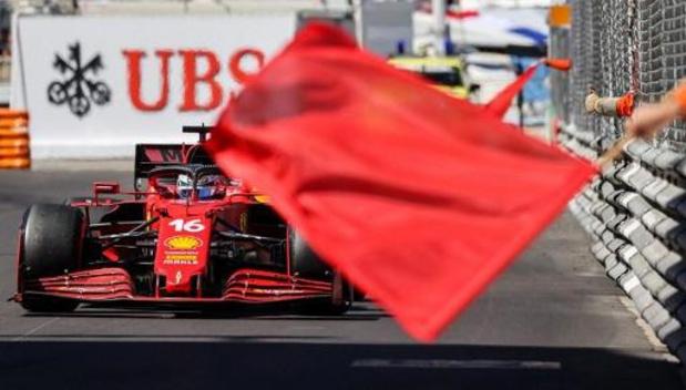 Leclerc et les Ferrari devant lors de la 2e séance d'essais libres, Hamilton 3e