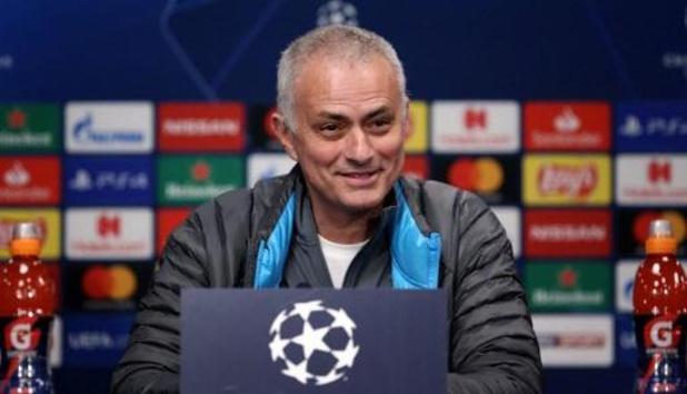 Mourinho houdt ondanks lockdown trainingsessie voor Spurs-spelers
