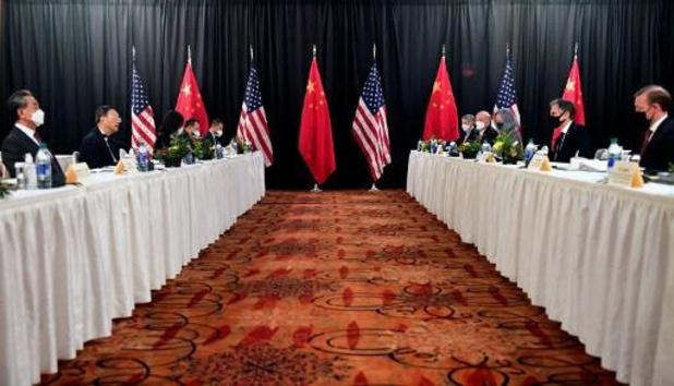 """Pékin menace de """"mesures fermes"""" contre les """"ingérences américaines"""""""