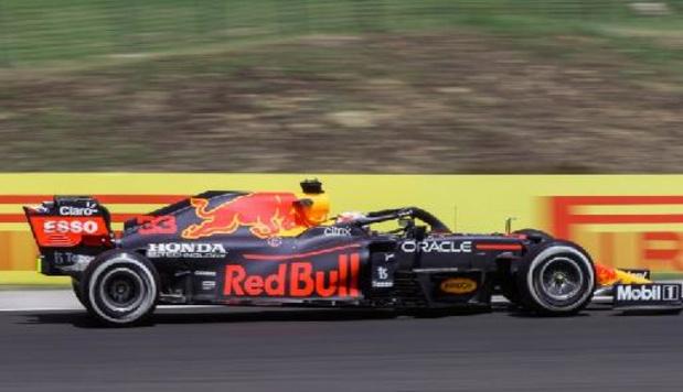 Max Verstappen en tête des premiers essais libres