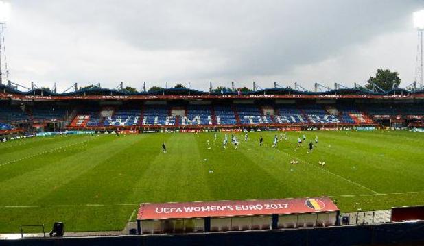 Belgen in het buitenland - Ngonge raapt niets met Groningen op veld van Willem II