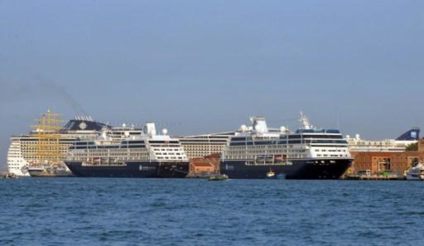 Protest in Venetië ondanks eerste cruiseschip sinds virusuitbraak