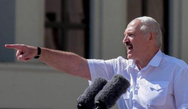 Loukachenko appelle ses soutiens à défendre l'indépendance du Bélarus