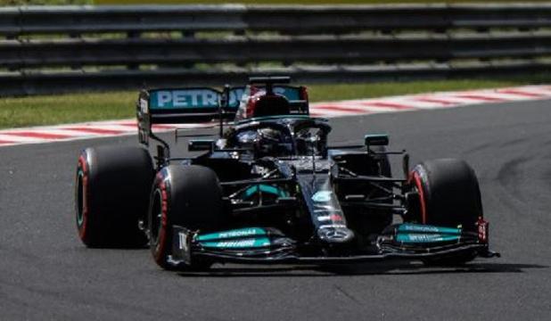 Lewis Hamilton en pole position à Budapest, les Mercedes en première ligne