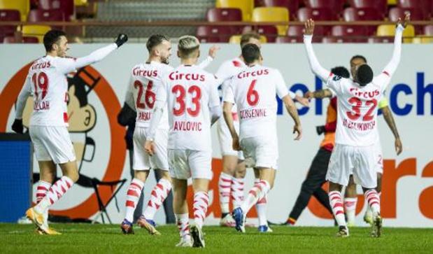 Le derby wallon Standard-Charleroi et le choc Bruges-Genk au programme de la 21e journée