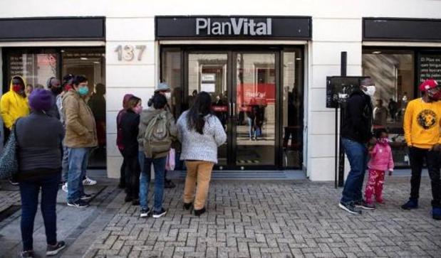 Chili: le président promulgue la réforme de l'épargne-retraite