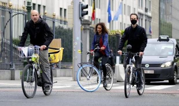 Fonds Bikes in Brussels trekt half miljoen euro uit voor vijf fietsprojecten
