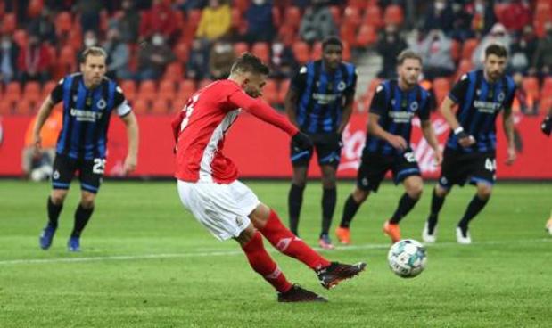 Jupiler Pro League - Le Standard prend un point in extremis face au Club de Bruges, qui rejoint Charleroi