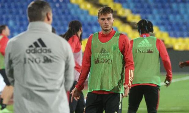 Les Belges à l'étranger - Zinho Vanheusden joue toute la rencontre pour la Genoa qui s'incline une nouvelle fois
