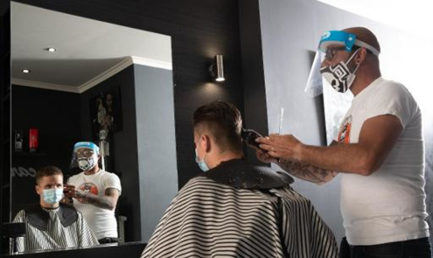 Le Centre de crise et Sciensano précisent les règles pour les coiffeurs