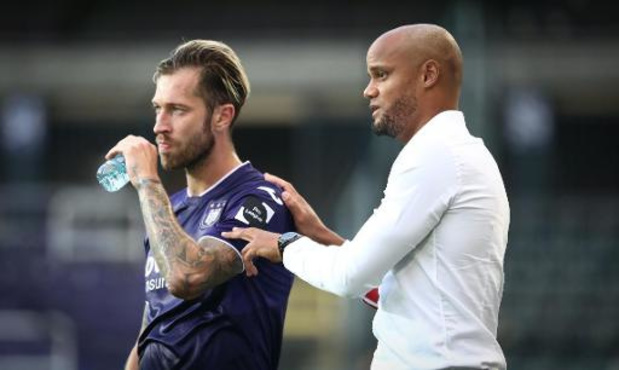 Anderlecht-spelers Zulj en Wellenreuther leggen nieuwe positieve test af