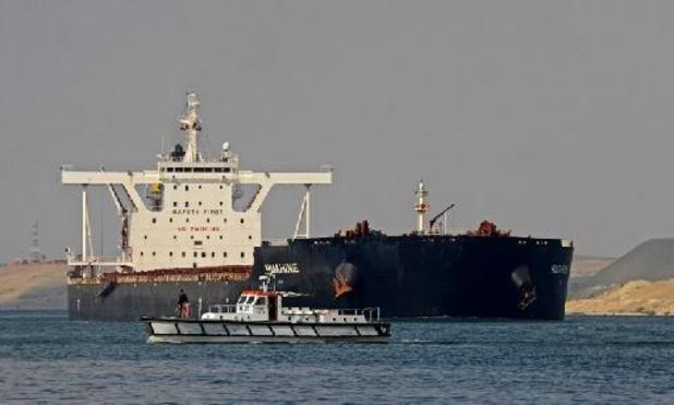 Egypte: Sissi approuve un projet d'aménagement du canal de Suez