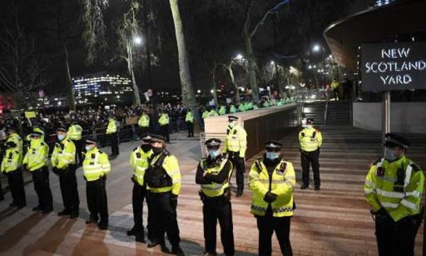 Moord op Sarah Everard: Londense politie steeds meer onder vuur na stilleggen van wake