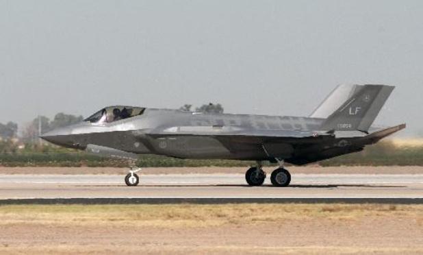 """L'US Air Force ne réclame """"que"""" 48 avions de combat F-35 dans le budget 2022"""