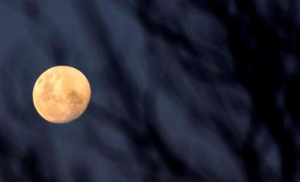 """Les habitants du Pacifique prêts pour l'éclipse de la """"super Lune"""""""