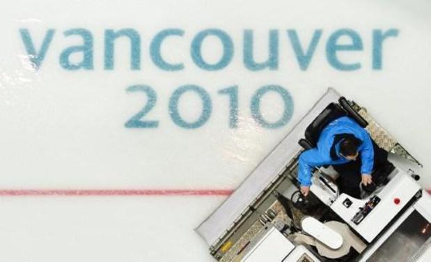 """Le """"nouveau miracle sur glace"""" Dave Ayres devenu joueur de NHL et vainqueur à 42 ans"""
