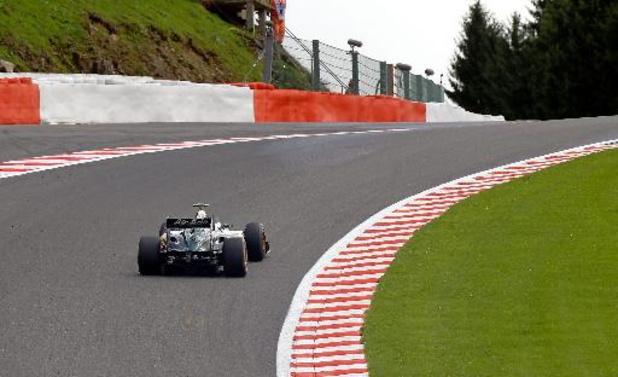 Un crash violent émaille les qualifications à Spa-Francorchamps, deux pilotes à l'hôpital