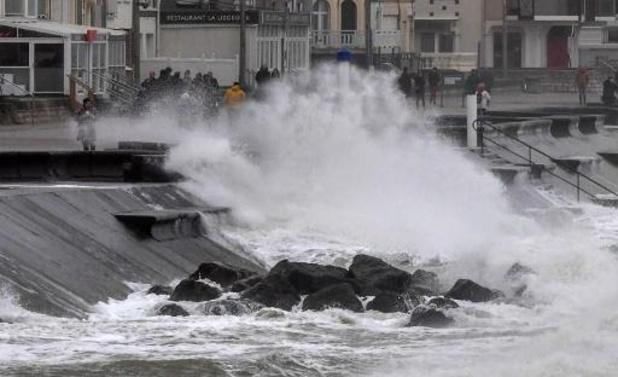 Le numéro d'urgence 1722 activé en raison d'un risque de tempête ou d'inondation