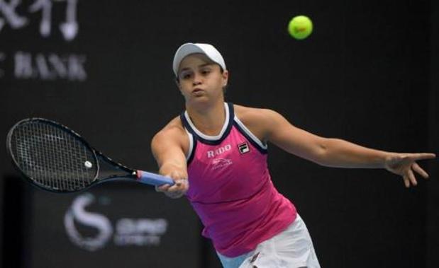 La N.1 mondiale Barty écarte Petra Kvitova en trois sets pour se hisser en demi-finale
