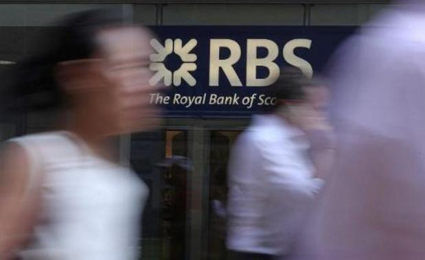 Financiële waakhond waarschuwt voor fraudeurs die zich voordoen als bekende banken
