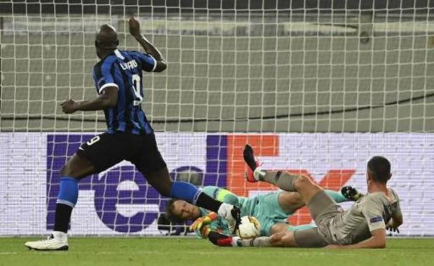 Belgen in het buitenland - Lukaku scoort tien keer op rij, Inter voorbij Sjachtar naar finale Europa League