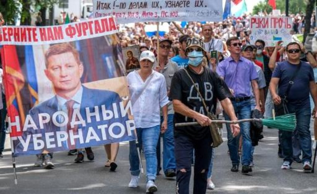Duizenden betogen in oosten van Rusland voor vroegere gouverneur
