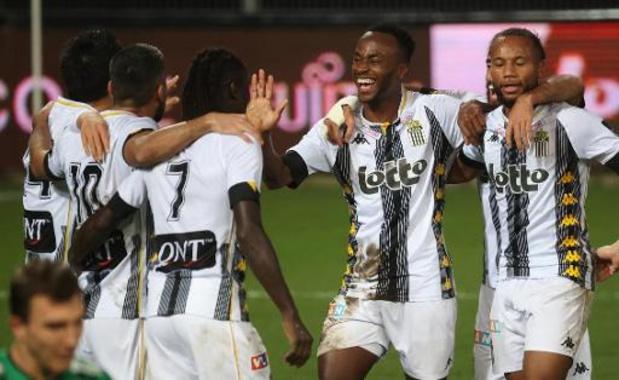 Jupiler Pro League - Charleroi laat geen punten liggen tegen Cercle en klimt naar voorlopige eerste plaats