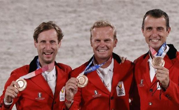 JO 2020 - Grégory Wathelet, porte-drapeau, et 24 athlètes belges présents à la cérémonie de clôture