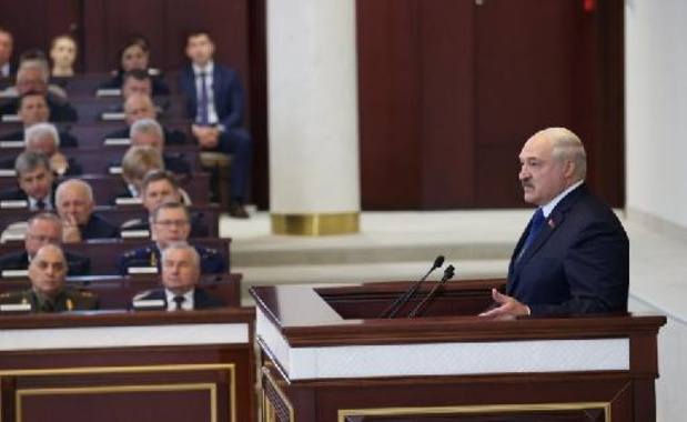 """Le Bélarus a agi """"légalement"""" en déroutant l'avion, affirme Loukachenko"""