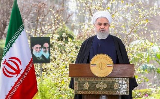 Iran: Khamenei et Rohani promettent la victoire contre le virus et les sanctions