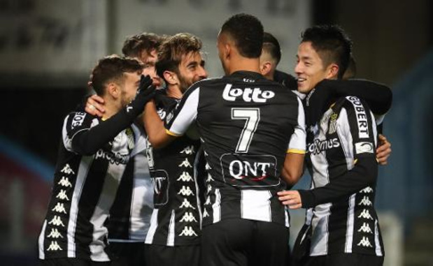 Jupiler Pro League - Charleroi en Zulte Waregem boeken vlotte thuiszeges