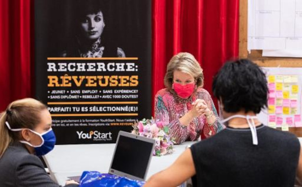 La reine Mathilde rend visite aux jeunes en difficulté à la formation d'été YouthStart