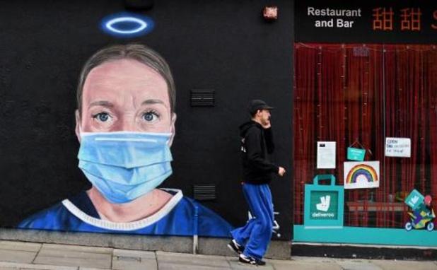 Ruim 7.000 zorgverstrekkers aan COVID-19 overleden in wereld