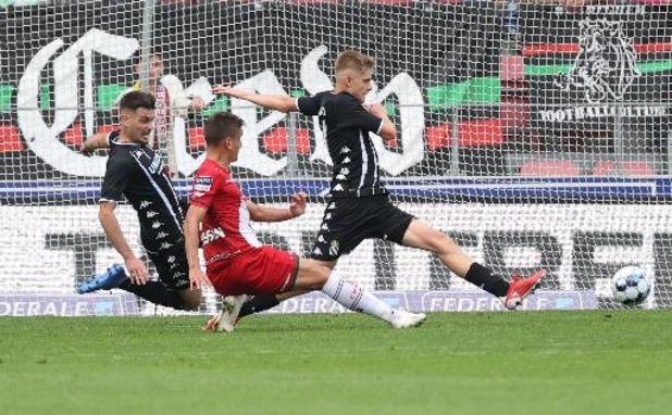 Jupiler Pro League - Zulte Waregem en Charleroi spelen 2-2 gelijk en delen punten